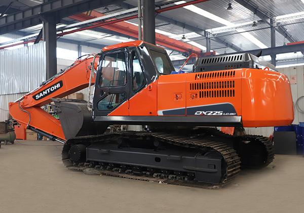 ST225斗山组装挖掘机